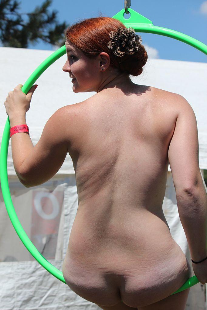 File Nude Gymnastics