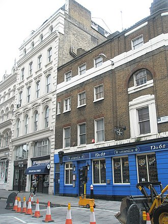 O'Neill's (pub chain) - O'Neill's on Cannon Street in the City of London