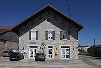 Onglières, mairie - img 43883.jpg