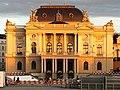 Opernhaus - Sechseläutenplatz 2012-08-08 20-31-50 (WB850F).jpg