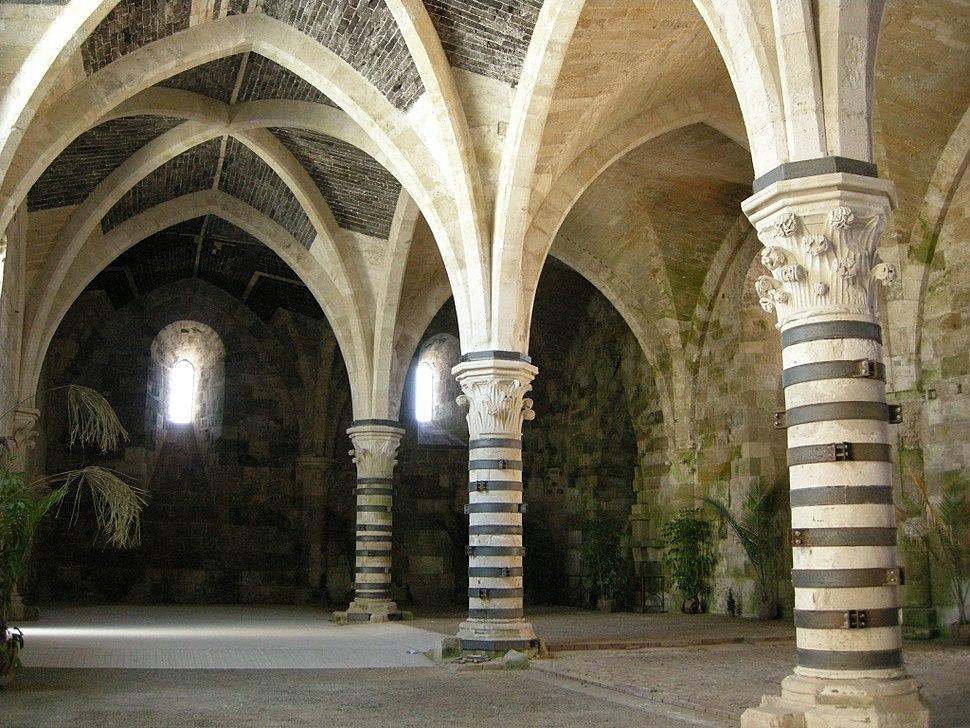 Ortigia, castello maniace, interno, sala 01