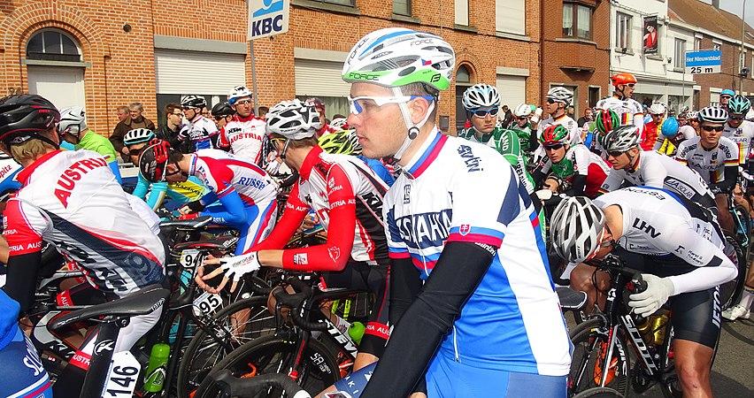 Oudenaarde - Ronde van Vlaanderen Beloften, 11 april 2015 (C20).JPG