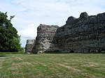 Outer wall Pevensey Castle - geograph.org.uk - 1410474.jpg
