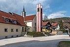 Pörtschach Kirchplatz 8 Evangelische Heilandskirche S-Ansicht 29032020 8591.jpg