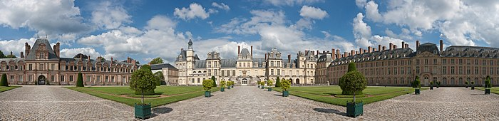 Palace of Fontainebleau, France - July 2011.jpg