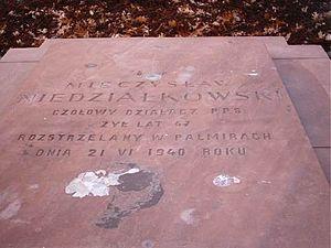 Mieczysław Niedziałkowski - Niedziałkowski's tombstone