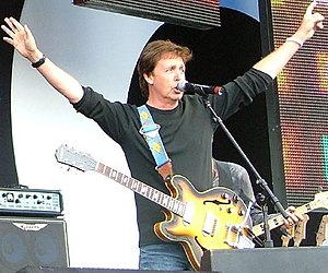 Epiphone Casino - Paul McCartney with an Epiphone Casino at Live8