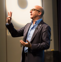 Paul McKenna à The Best You Expo 2018.png