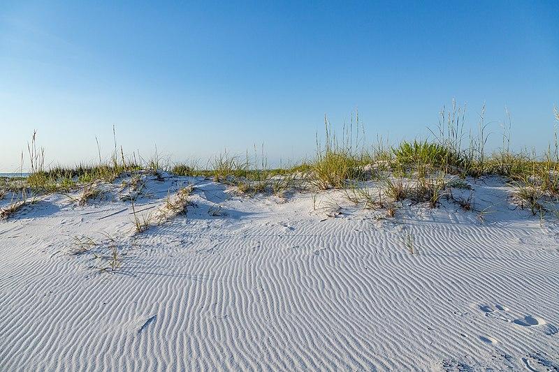 File:Pensacola Beach - White Sands, Florida Coast (27268946483).jpg