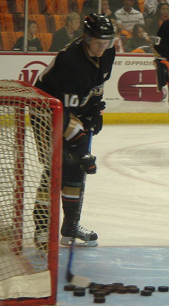Corey Perry - Perry during a pre-game warm up in 2007