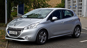 Supermini - Image: Peugeot 208 e H Di FAP 115 Stop & Start Allure – Frontansicht, 23. September 2012, Hilden