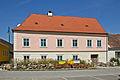 Pfarrhof in Zissersdorf.jpg