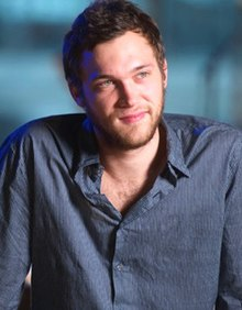 Phillip Phillips Live at Walmart Soundcheck, December 2013.jpg