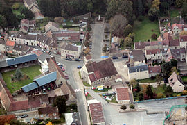 An aerial view of the area around the church in Chaumontel