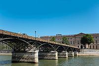Pont des Arts and the Palais du Louvre, Paris July 2013.jpg