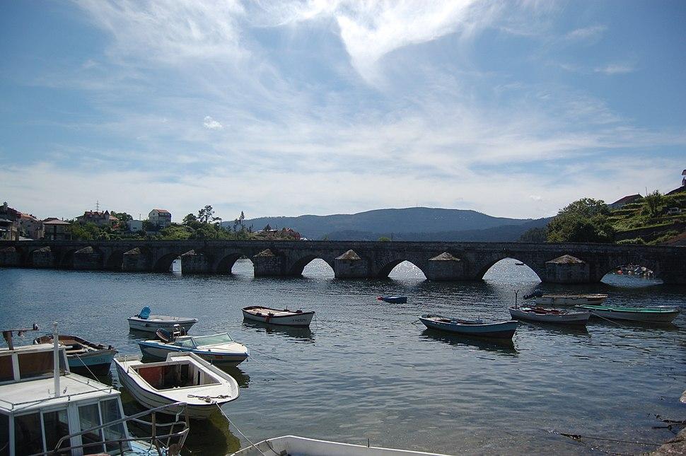 Ponte sobre o río Verdugo.