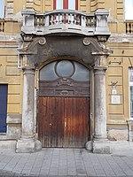 Portal, 22 Szent István Square, 2018 Újpest.jpg