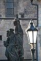 Praga - Ponte Karl - Statue - panoramio - giomodica (1).jpg