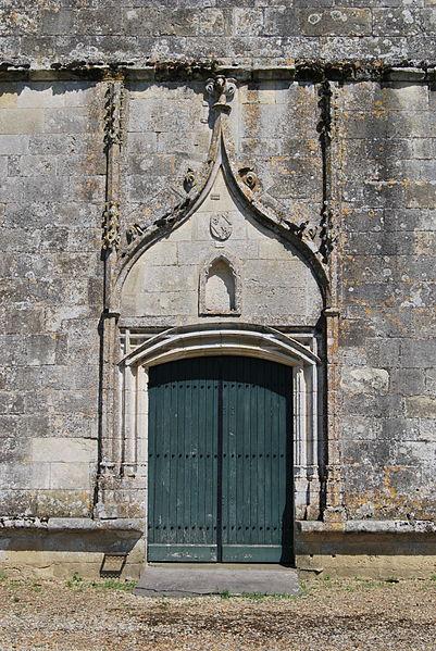 Église Saint-Pierre de Pujols