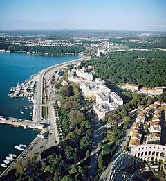 Pula, view from air (2).jpg