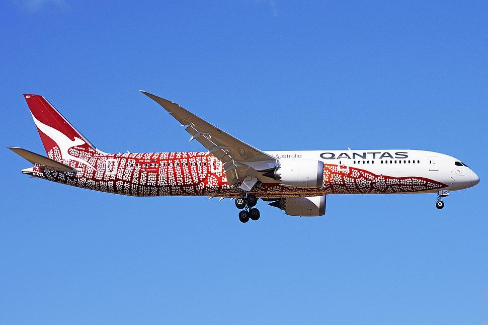 Qantas – VH-ZND (25943274397)