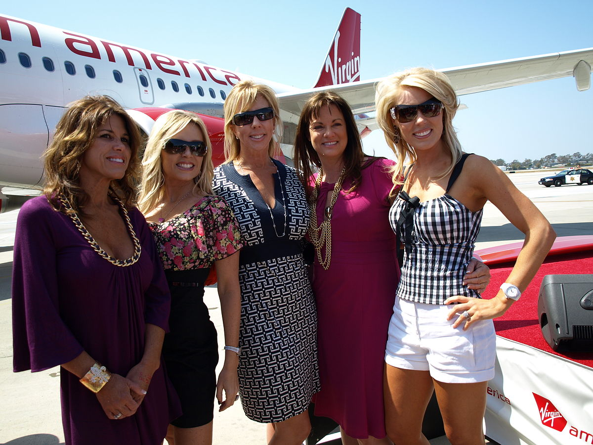 The real housewives of orange county wikipedia for Real houswives of orange county