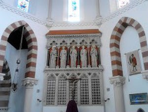 St Pancras Church, Ipswich - Main altar with reredos and statues of Christ and the Four Evangelists