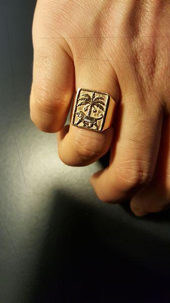 Signet Ring Womens Uk Heart Engravery