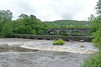 Neath and Tennant Canal - The Aberdulais Aqueduct carried the Tennant Canal over the river Neath, near the Aberdulais Tin Works