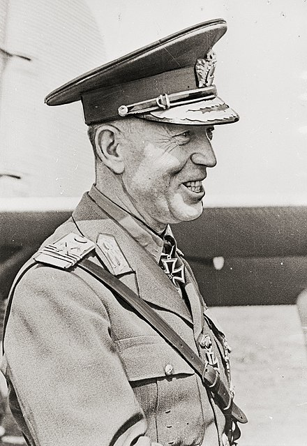 440px-Romanian_Prime_Minister_Ion_Antonescu.jpg