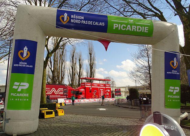 Roubaix - Paris-Roubaix juniors & Paris-Roubaix, 10 avril 2016, arrivée (A01).JPG