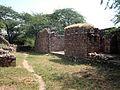 Ruins Balban Khan Tomb 004.jpg