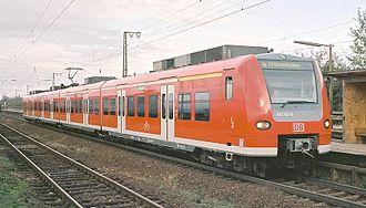 Mannheim–Karlsruhe–Basel railway - Rhine-Neckar S-Bahn train between Mannheim and Heidelberg