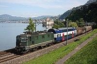 SBB Re 4-4 III 11364 and NDW coach - Veytaux, 10th June 2011.JPG