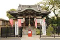 SMALL TEMPLE IN TOKYO NEAR ZOO AND LAKE.jpg