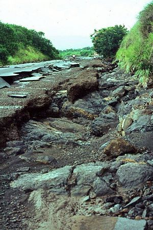 Cyclone Hyacinthe - Washed out road in Saint-Pierre, Réunion
