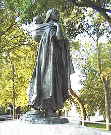 Lewis and clark expedition wikipedia statue of sacagawea a shoshone woman who accompanied the lewis and clark expedition fandeluxe Choice Image