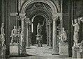 Sala delle statue nel Museo Vaticano.jpg
