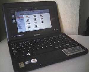 Samsung N130 - Image: Samsung N130 black Ubuntu 910