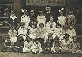 Jewish People's and Peretz Schools - Image: Segal JPS