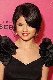 lahir selena marie gomez 22 juli 1992 umur 18 pekerjaan aktris