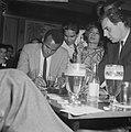 Sight Seeing , Harry Belafonte , opdracht De Telegraaf, Bestanddeelnr 916-4070.jpg