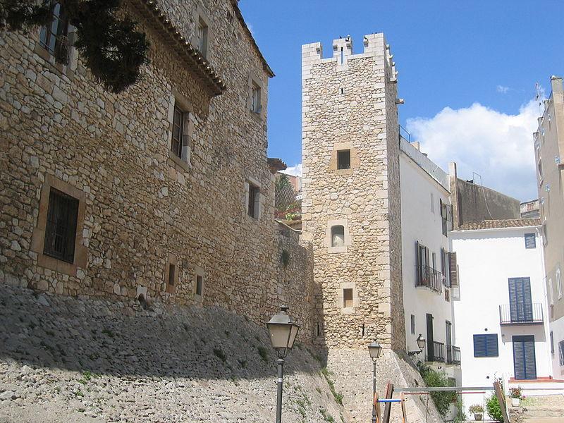 File:Sitges - La Vall.jpg