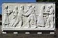 Sowjetische Ehrenmal im Treptower Park - Sarkophag 7.jpg