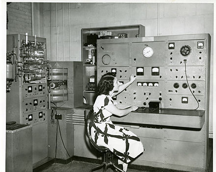 A mass spectrometer in use at the NBS in 1948. SpectroscopyResearch 012.jpg