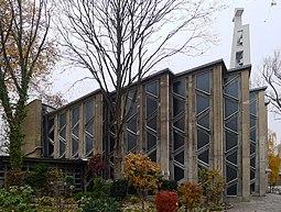 St.-Ansgar-Kirche Fensterseite.jpg