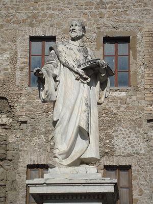 Français : Statue de Giovanni Pierluigi da Pal...