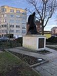Statue de Winston Churchill à Uccle.jpg
