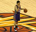 Steve Nash at Suns at Warriors 3-15-09 1 (cropped).JPG