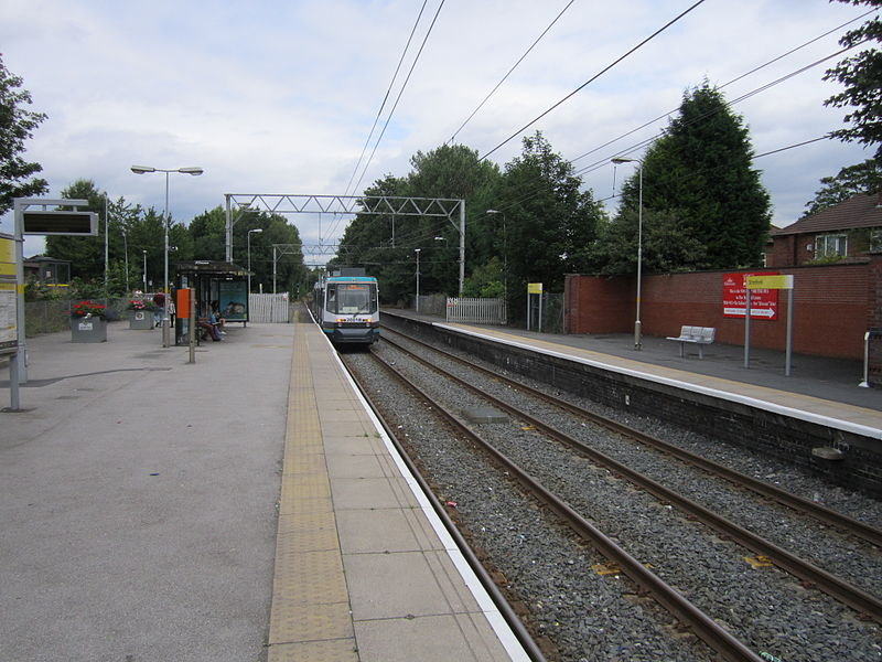 File:Stretford Metrolink station (4).JPG